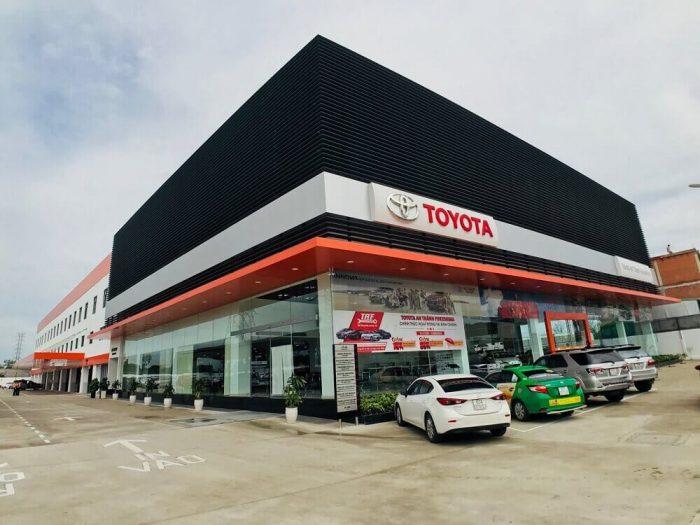 showroom ô tô TPHCM- FuKuShiMa